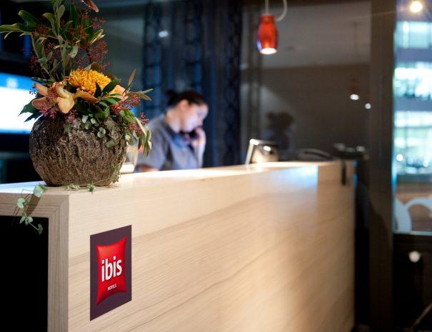 ibis_zurich_adliswil_lobby1